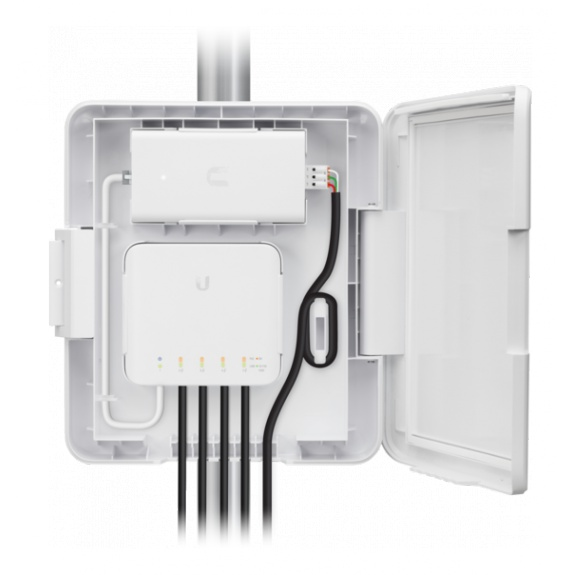 UniFi Flex Switch Adapter Kit for Street Light Pole Applications
